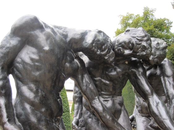 Auguste Rodin's Three Shades (detail), in the sculpture garden of the Rodin Museum, Hotel Biron, Paris. Photo: Blick (2016)