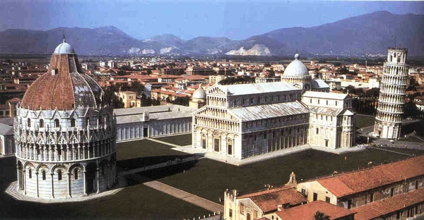 Left to right: the Baptistry, the Cathedral, and the Leaning Tower of Pisa