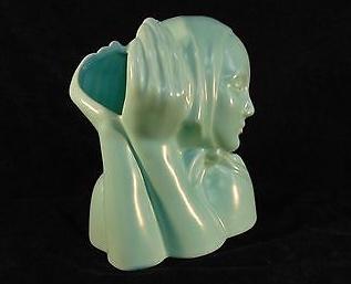 Peasant-Head_GMB_C-801_head-vase_Dorr-Bothwell_Catalina-Art-Ware_1937-1941